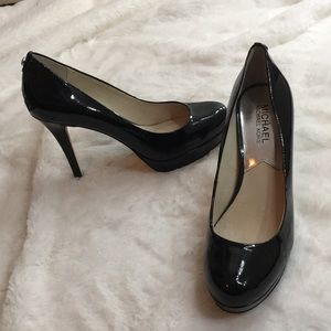 MICHAEL KORS || heels 👠